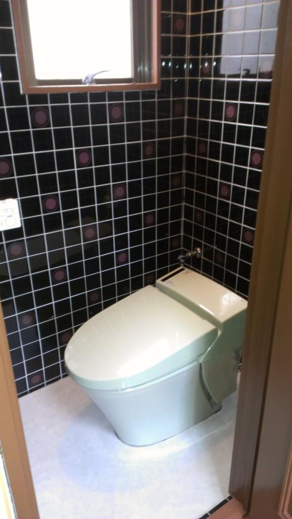 トイレ改修前写真